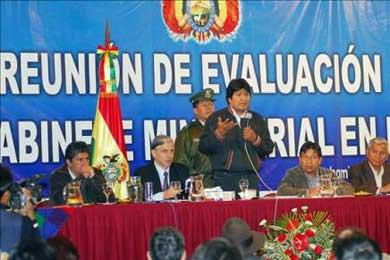 Morales promulgará la nueva Constitución el 7 de febrero e invitará a Correa y a Chávez