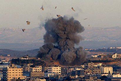 El Ejército israelí parte en dos la Franja de Gaza