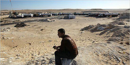 Israel bombardea los túneles de la frontera entre Gaza y Egipto