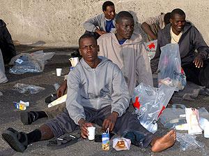 La tasa de paro entre los inmigrantes que viven en Andalucía roza el 11%