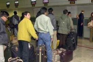 Corbacho calcula que unos 1.400 extranjeros han pedido el retorno a su país