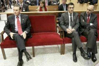 Ibarretxe pide que el juicio continúe para utilizarlo como baza electoral