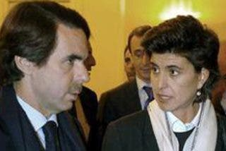 Aznar ficha a María San Gil como colaboradora de la fundación FAES