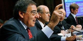 """El director de la CIA acusa a Cheney de """"desear"""" nuevos atentados en EEUU"""