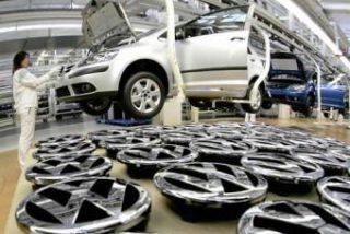 Volkswagen reduce la jornada de 60.000 empleados en Alemania
