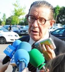 Velarde avisa de que España puede terminar como Argentina si no se toman medidas