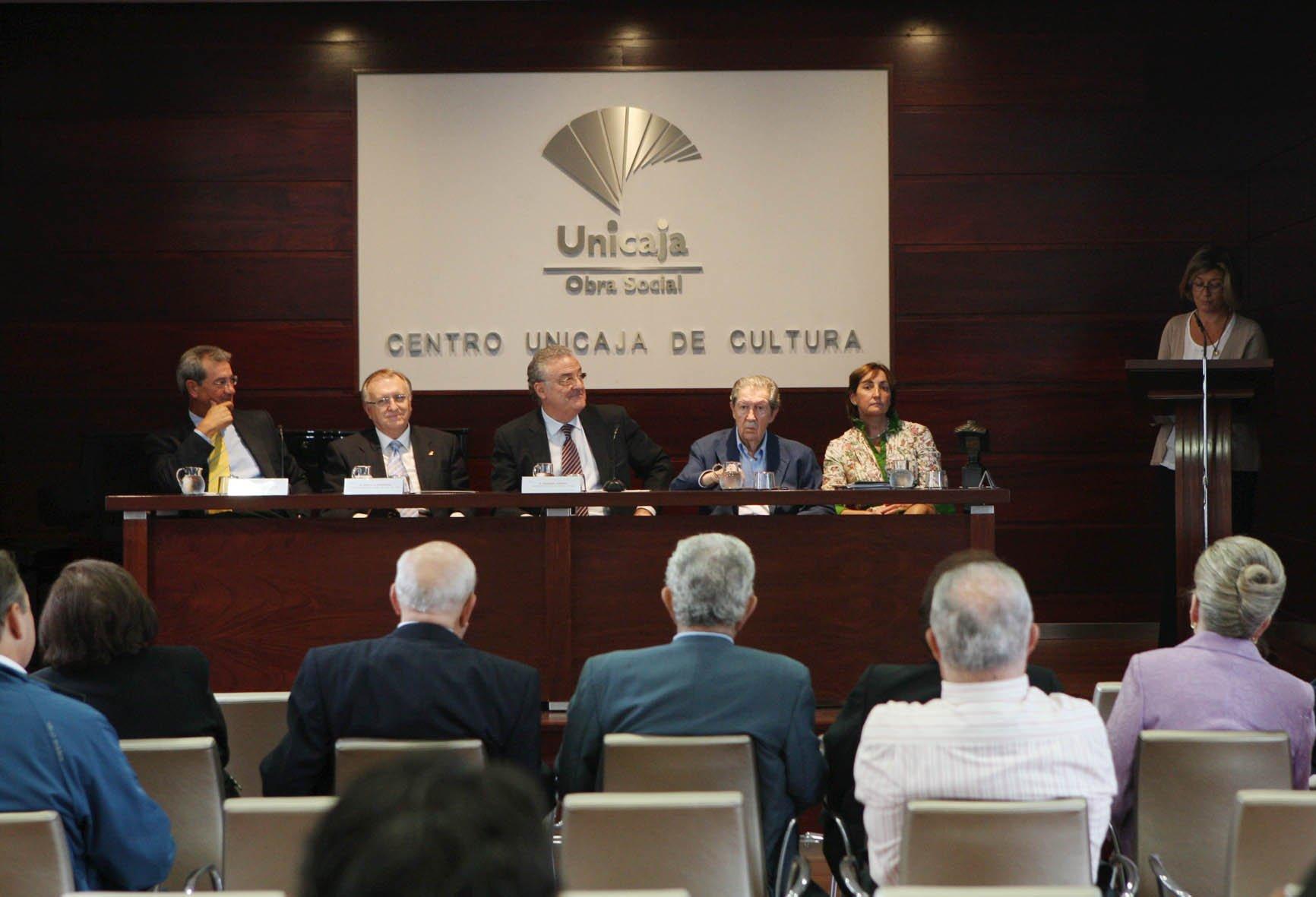 Andrés Trapiello gana el XXVI Premio Unicaja de Artículos Periodísticos