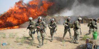 La falta de trabajo hace que más norteamericanos se alisten en el ejército