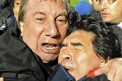 La FIFA expedienta al grosero Maradona
