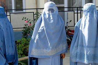 Los islamistas azotan a las mujeres que llevan sujetador