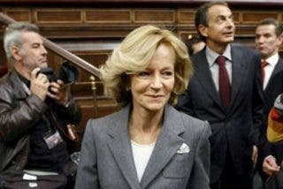 Le Monde desmiente a Salgado y no ve salida a la crisis