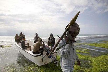Los piratas somalíes secuestran un yate con una pareja de británicos a bordo
