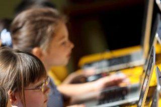 Los estudiantes de catorce colegios daneses ya pueden usar Internet en los exámenes