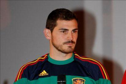 La selección española estrena equipación 'retro'
