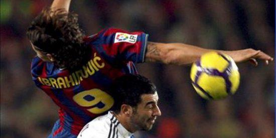 El Barça se sube a la chepa del Real Madrid