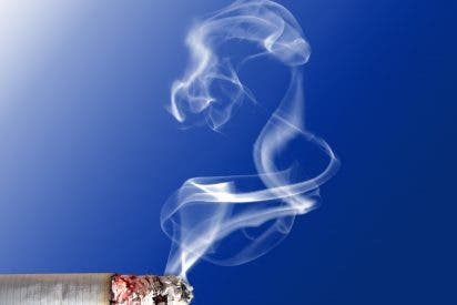 Apple se niega a reparar ordenadores de fumadores