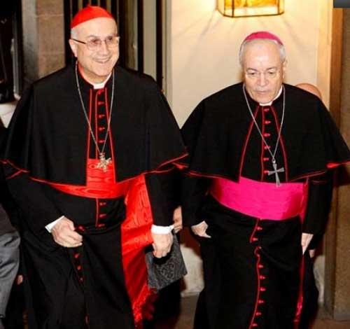 """Bertone: """"Signos de esperanza en la Iglesia católica china"""""""