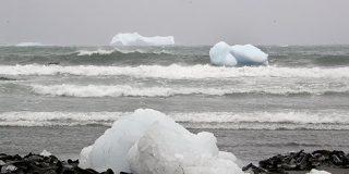 Una flota de cien icebergs amenaza la navegación en los mares de Nueva Zelanda