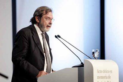 """Cebrián dice que Mediaset """"todavía está interesado"""" en Digital Plus"""