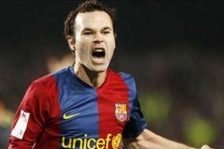 Iniesta renueva con el Barça hasta 2015
