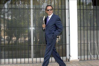 El juez ordena que se retenga el dinero prometido a Julián Muñoz por salir en televisión