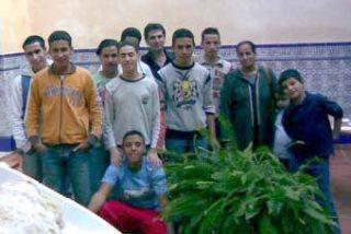 Denuncian detención prolongada de menores inmigrantes