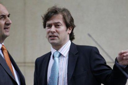 Pedraz consuma la chapuza judicial procesando a los piratas