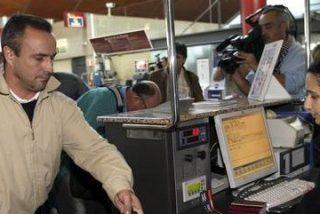 Los familiares vascos declinan subirse a un avión 'español'