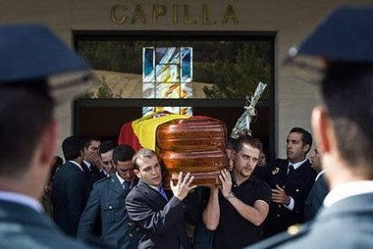 Ochocientos veintiocho asesinados por ETA