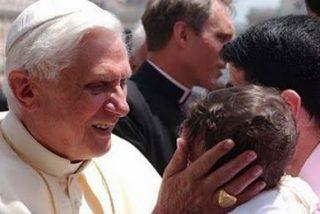 Ni banquetes ni carrozas para el Papa