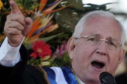 Micheletti dice que ni él renuncia, ni Zelaya vuelve