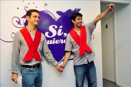 La primera boda gay latinoamericana se celebra en La Patagonia