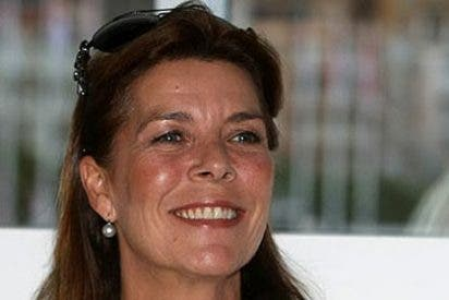 Carolina de Mónaco va a los tribunales en defensa de su esposo