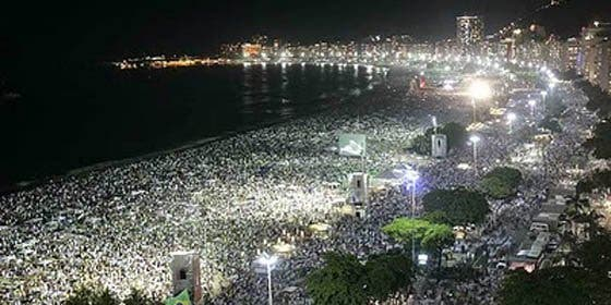 Dos millones de personas despedirán el año en una playa de Copacabana