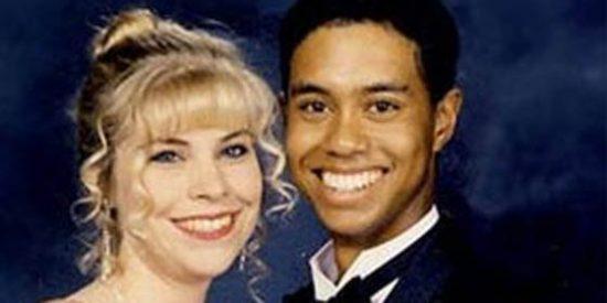 A Tiger Woods su padre le 'enseñó' a poner los cuernos