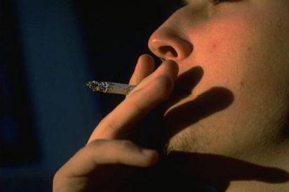 Los infartos caen un 12% en España porque se fuma menos