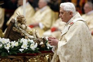 El Papa oficiará dos horas antes de la medianoche la Misa del Gallo