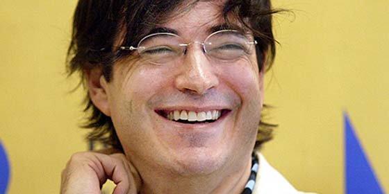 "Jaime Bayly le regaló unos ""gayumbos"" gigantes a Alan García"