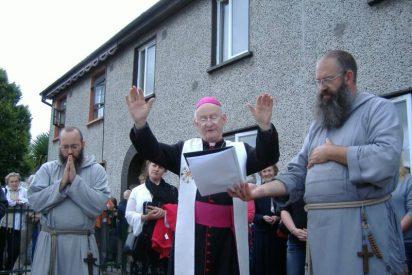 El Papa acepta la dimisión del obispo irlandés por los casos de abusos sexuales