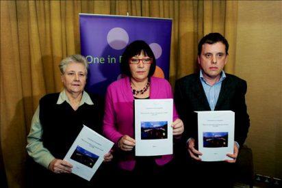 """El Vaticano está """"avergonzado y consternado"""" por los abusos sexuales en Irlanda"""