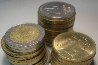 Cuelan en el mercado una moneda turca similar a la de 2 euros