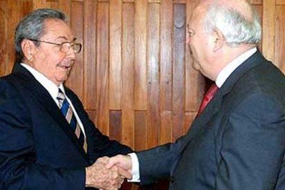 """""""Pena de tertulia"""" para el ministro Moratinos"""