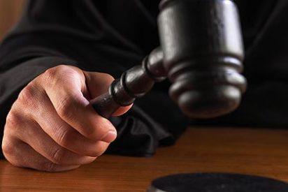 Condenada una pareja que acordó romper una orden de alejamiento