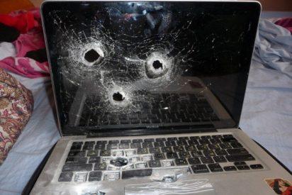 Le meten tres balazos a un portátil y el disco duro sobrevive