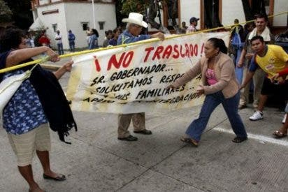 Mel Gibson cabrea a familiares de presos mexicanos