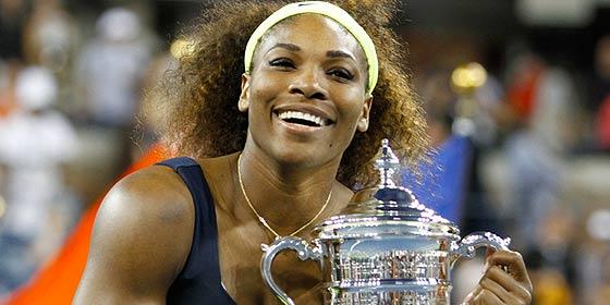 A Serena Williams se le salen en el mar