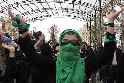 Los opositores iraníes vuelven a tomar las calles de Teherán