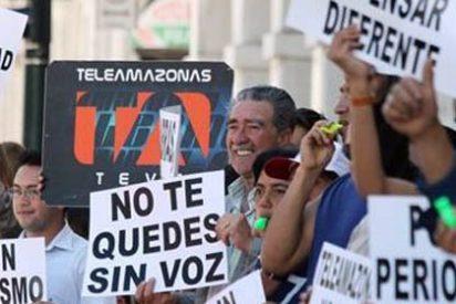 """Rafael Correa suspende """"por unos días"""" a canal de televisión opositor"""