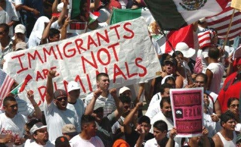 Anti-inmigrantes lucharán contra proyecto de legalización en EE.UU