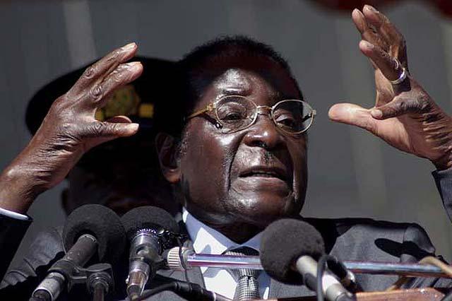 Zimbabue se muere de hambre y Mugabe celebra una fiesta de cumpleaños con caviar, langosta y champán